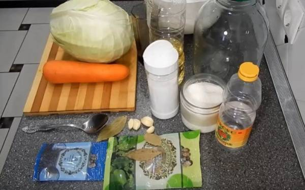 Маринованная капуста в банке: очень вкусные рецепты капусты на зиму