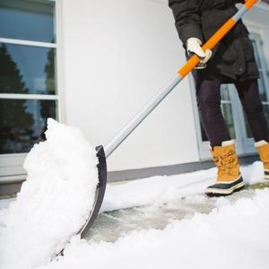 Лопата со шнеком для уборки снега: как использовать, советы по выбору